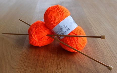 What Size Knitting Needles for Beginners?